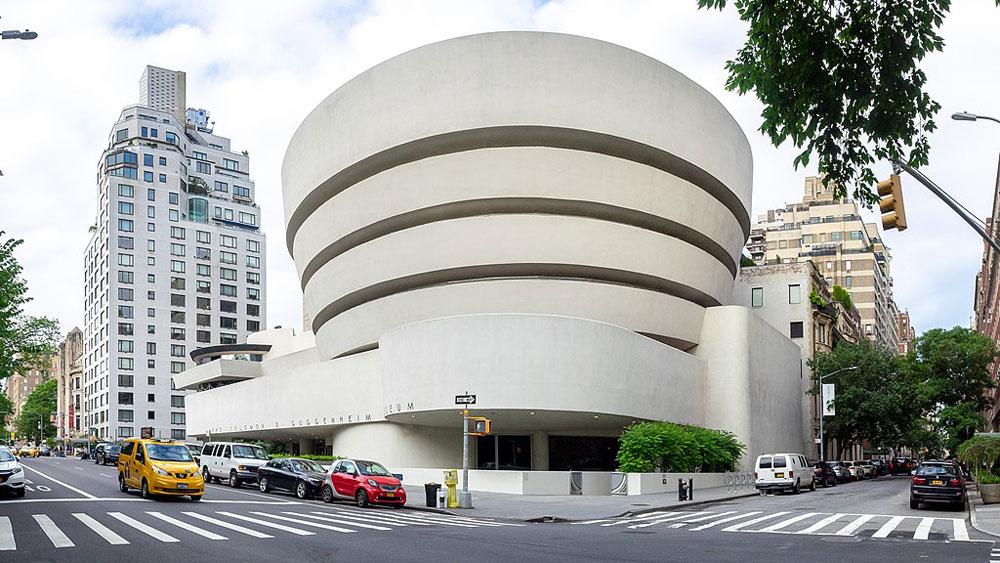 Guggenheim di New York, troppo bianco e discriminatorio. La denuncia in una lettera collettiva dei curatori