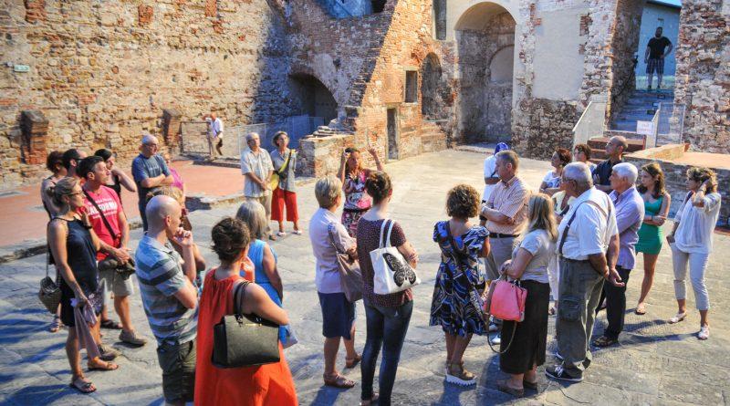 Non ci potranno essere nuove guide turistiche senza una legge nazionale: la sentenza del Consiglio di Stato