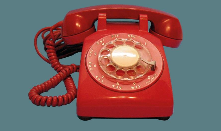 Un museo olandese si inventa l'arte al telefono: un servizio che consente di chiamare per parlare d'arte