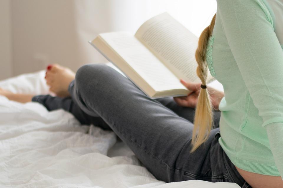 Durante il lockdown gli italiani riscoprono i libri: forte incremento dei lettori