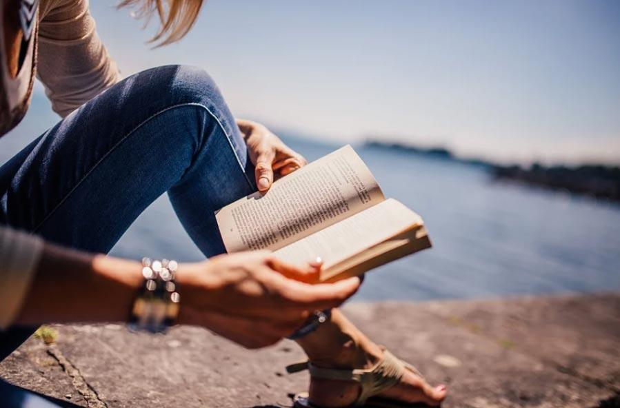 Secondo l'AIE, durante il lockdown sono diminuiti i lettori e gli acquisti di libri