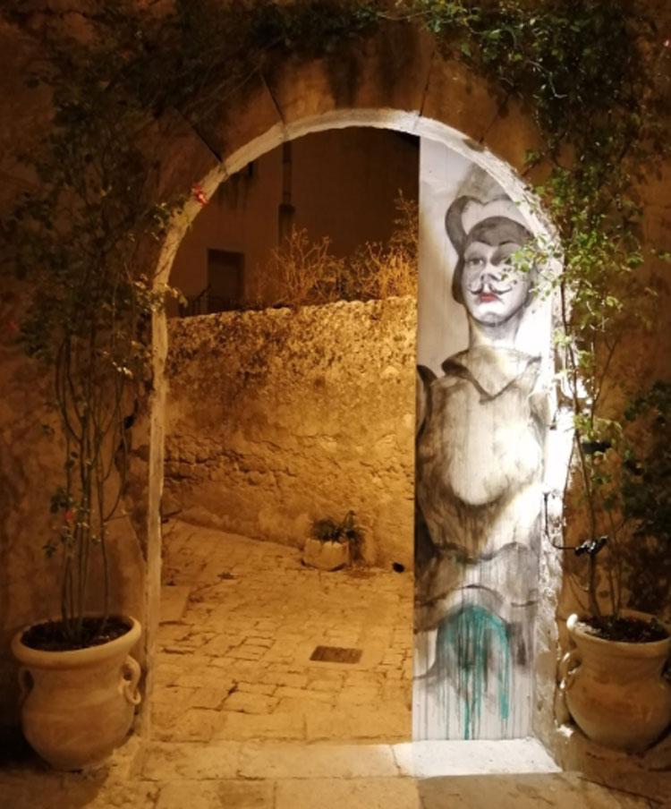 Il quartiere barocco di Ragusa Ibla animato da set artistici dedicati alla cultura siciliana
