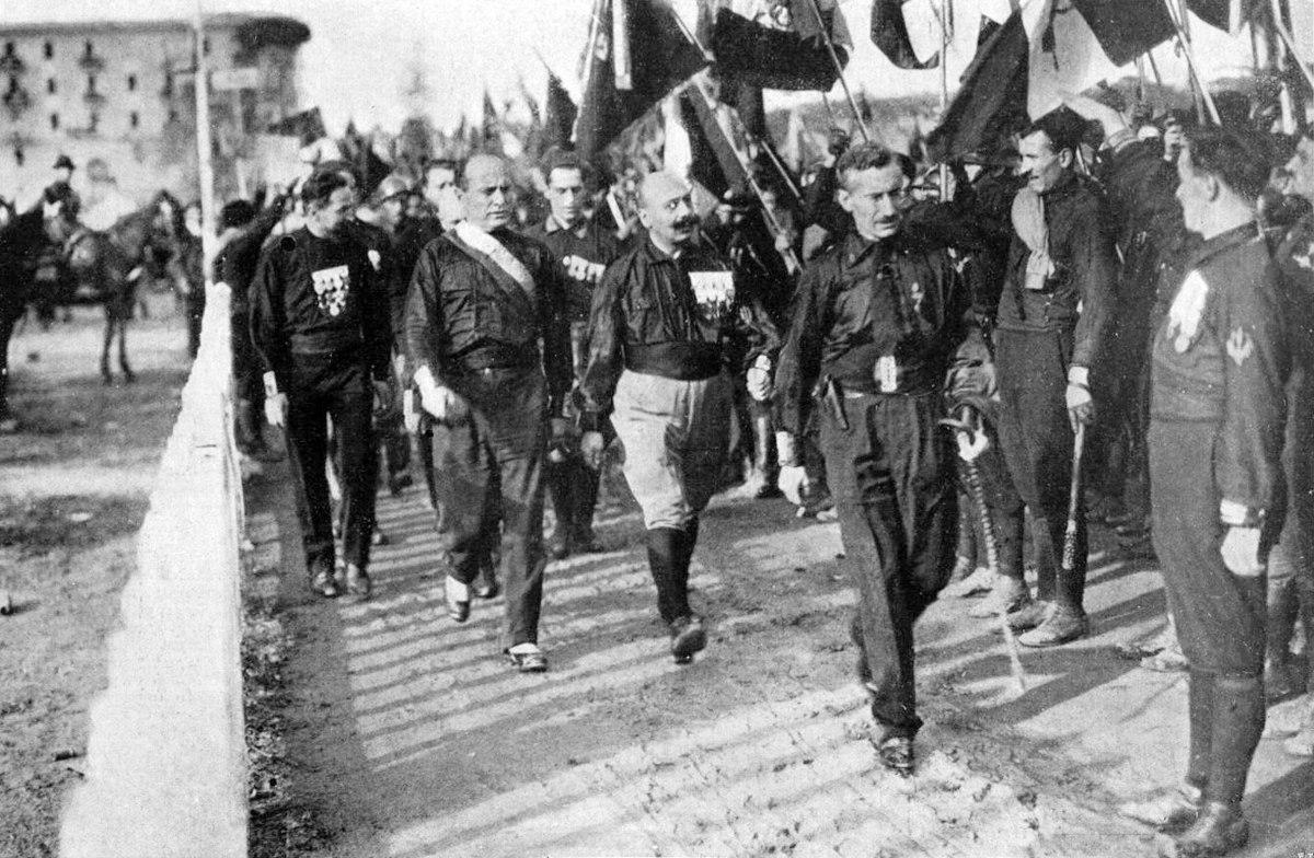 Grave furto all'Archivio Centrale di Stato: rubati 970 labari della marcia su Roma