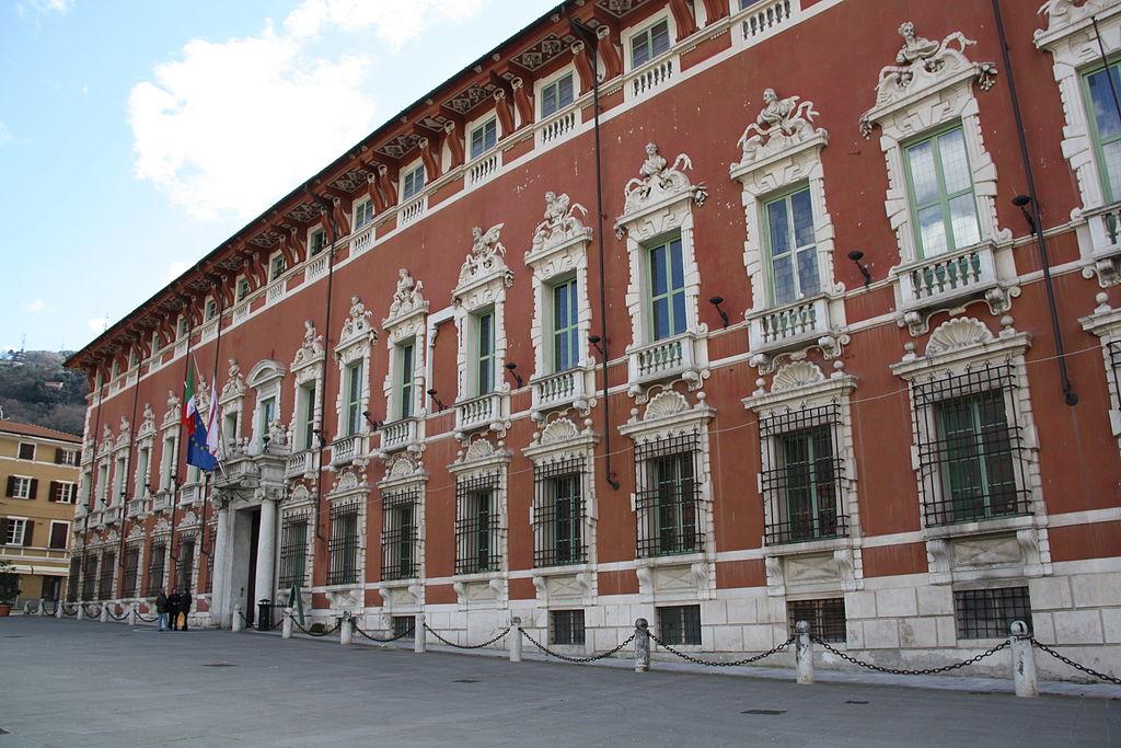 """""""Palazzo Ducale è in condizioni pietose"""". Massa, Italia Nostra si appella alla provincia"""