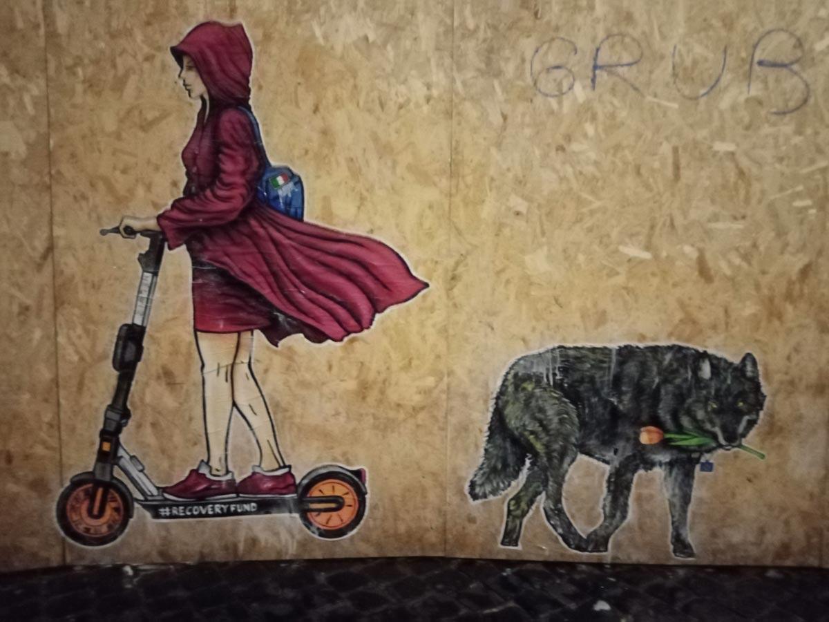 Il Recovery Fund diventa un'opera di street art: succede a Roma