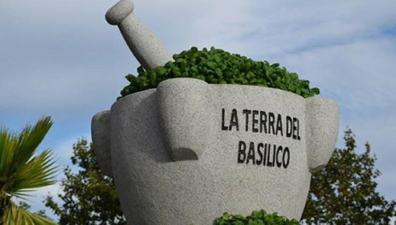 Monumento al pesto (Genova)