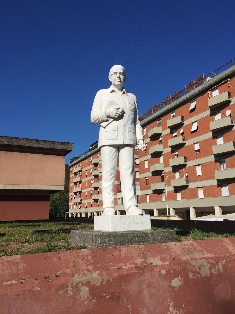 Monumento a Bettino Craxi (Aulla, Massa-Carrara)