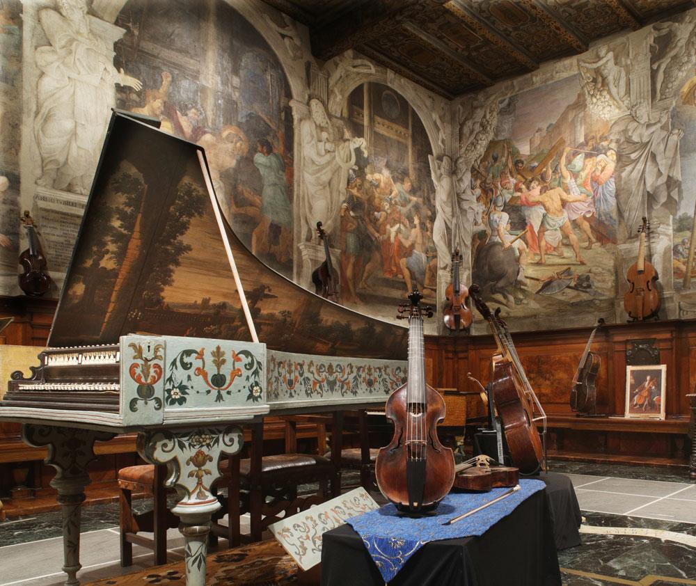 In mostra a Bologna la più grande collezione al mondo di strumenti antichi ad arco