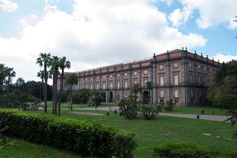 Capodimonte suddivide la riapertura: prima il Real Bosco, poi il Museo