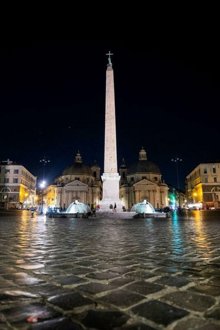 Roma, l'obelisco e le fontane di Piazza del Popolo risplendono di nuova luce, innovativa e sostenibile