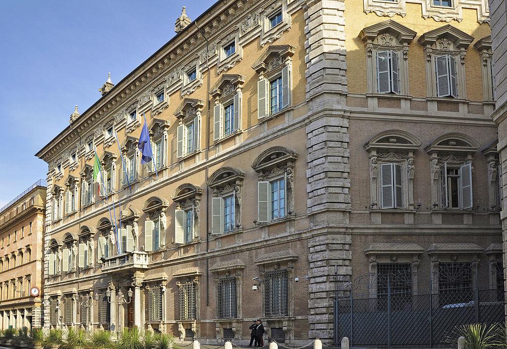 """Senatori M5S chiedono a Franceschini di rinviare la riforma del MiBACT. """"Manca personale, provocherà caos"""""""