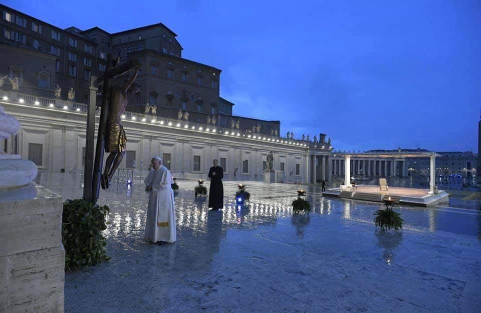 Il Crocifisso di San Marcello ha problemi conservativi ed è in restauro al Vaticano. Le conferme ufficiali