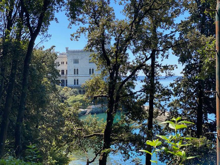 Castello di Miramare: priorità alla riapertura del Parco. Il Museo riaprirà forse il 2 giugno