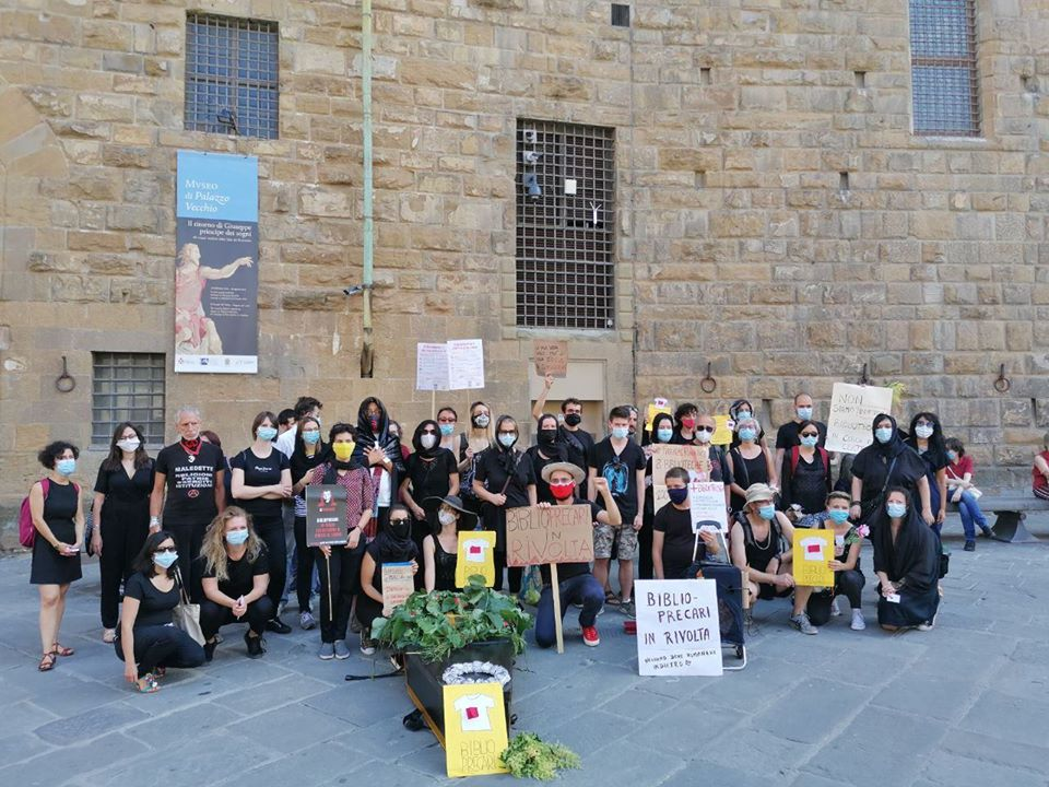 Riaprite le biblioteche di Firenze! La situazione è sconfortante, lavoratori e cittadini scendono in piazza