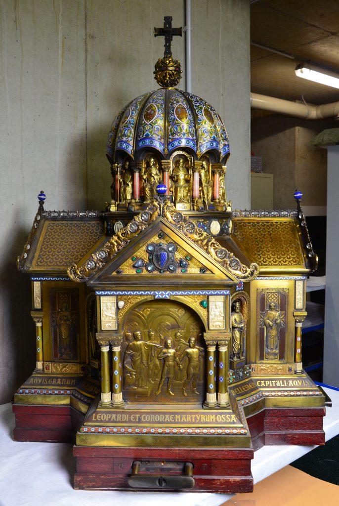 """La Cattedrale di Aquisgrana rispolvera il reliquiario di Santa Corona. """"Può dare speranza per il coronavirus"""""""