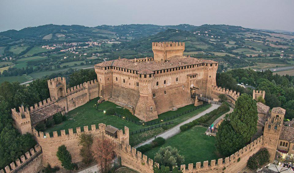 La Rocca di Gradara passa al Comune: il MiBACT cede la gestione del sito da 200mila visitatori