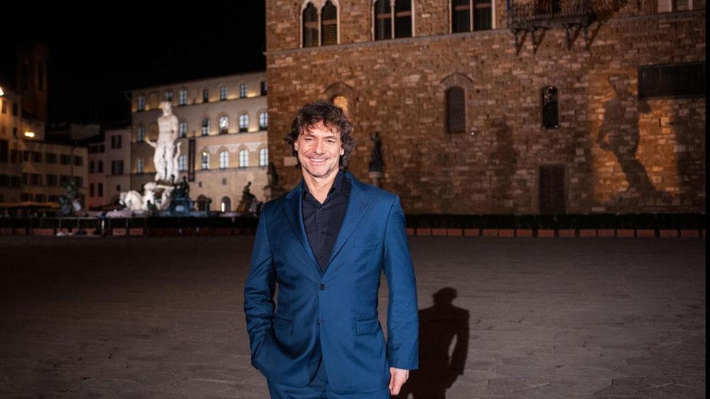 Alberto Angela conduce il pubblico nella Firenze notturna