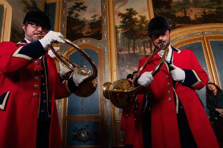 L'Italia ha due nuovi patrimoni immateriali Unesco: corno da caccia della Venaria e perle di vetro