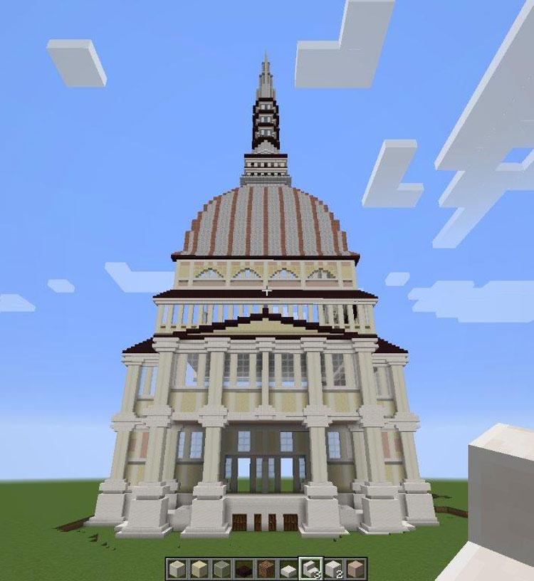 Turin is MINE, il gioco gratuito per bambini e ragazzi per incontrarsi virtualmente a Torino