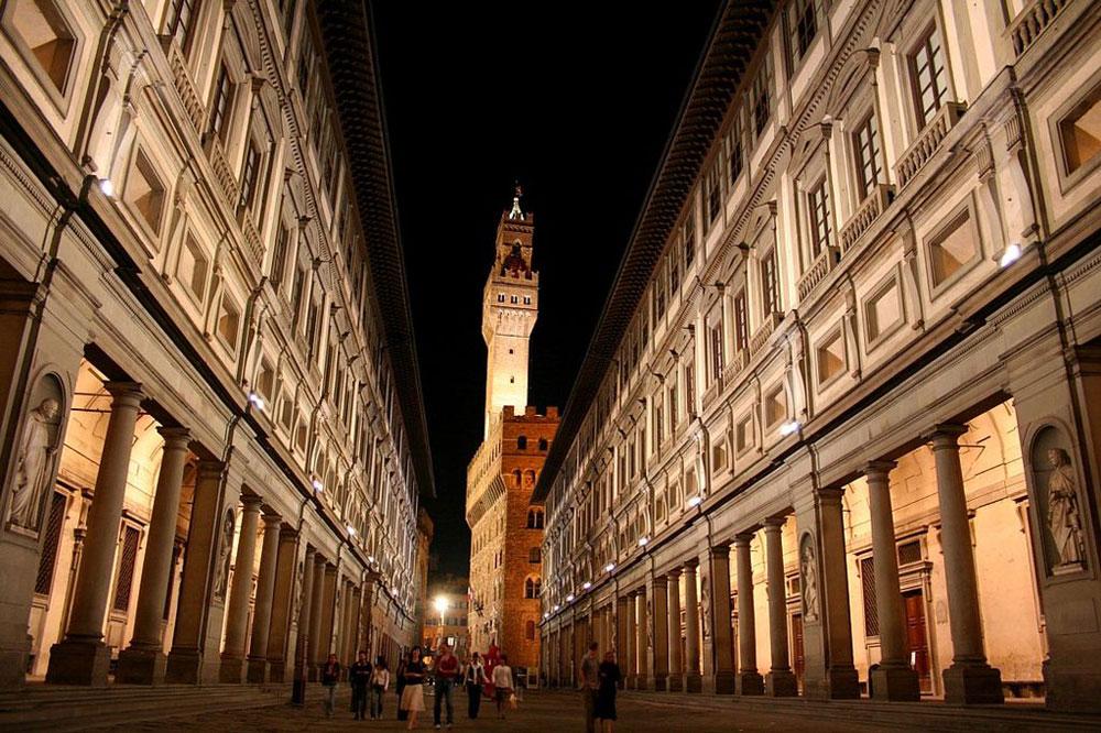 Art in tv dal 1° al 7 febbraio: gli Uffizi, David Hockney, Canova, Andy Warhol