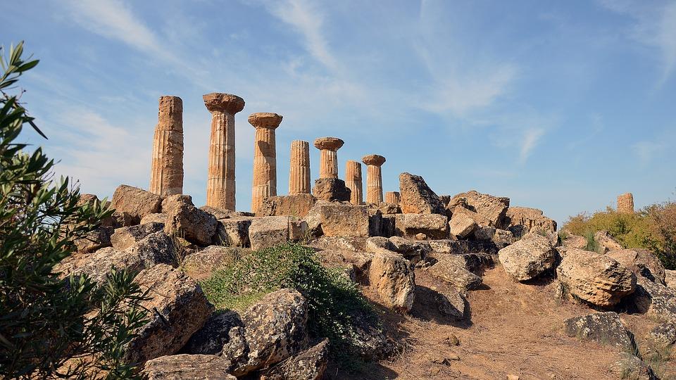 In Sicilia siti culturali chiusi nei giorni festivi: senza indennità i lavoratori