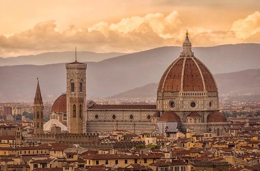 Firenze, previsti 43 interventi di restauro. Il Comune lancia un nuovo bando