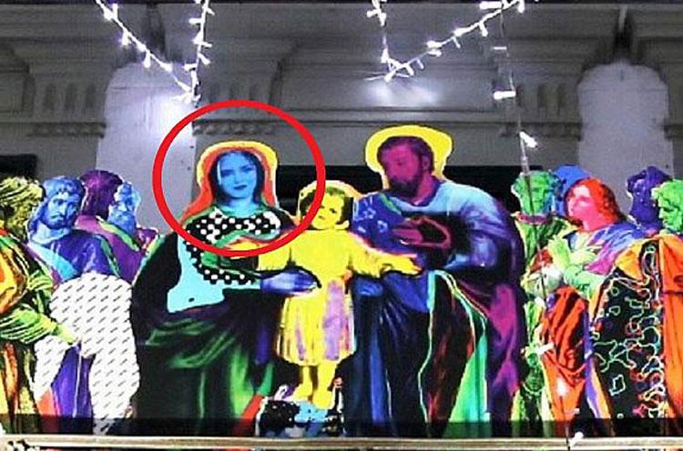 Pontedera, artista crea presepe dove la Madonna ha il volto della Ferragni: è polemica