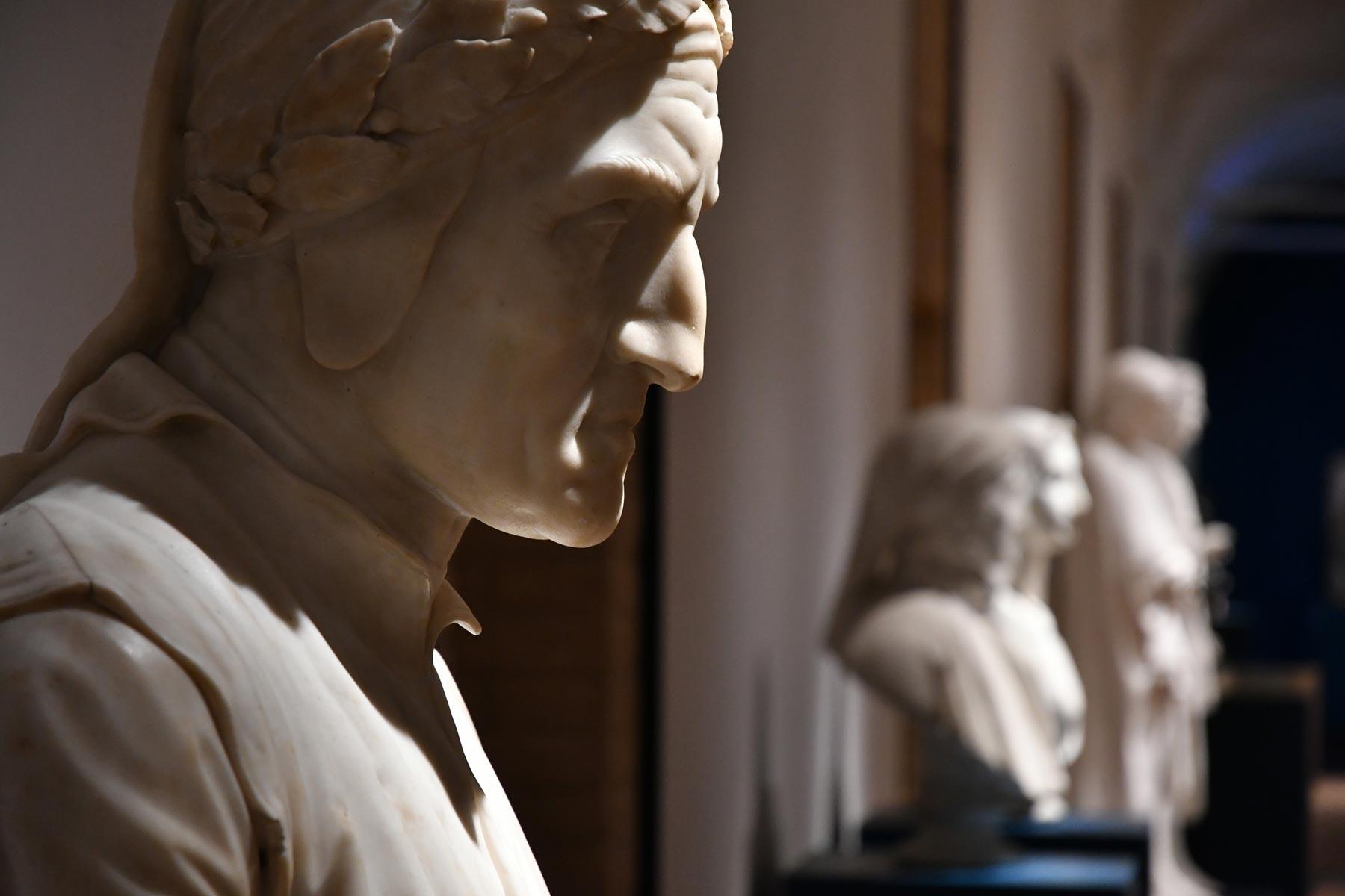 Apre a Forlì la più grande mostra di sempre dedicata a Dante Alighieri