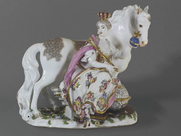 Parma, alla reggia di Colorno sono esposte le preziose porcellane dei duchi