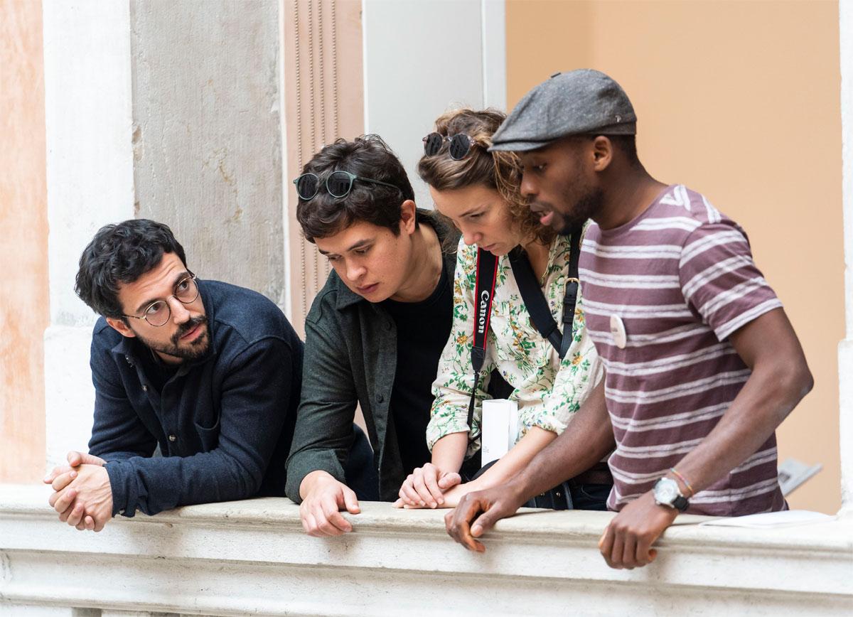 Venezia, a Palazzo Grassi torna il progetto con cui i migranti raccontano le opere