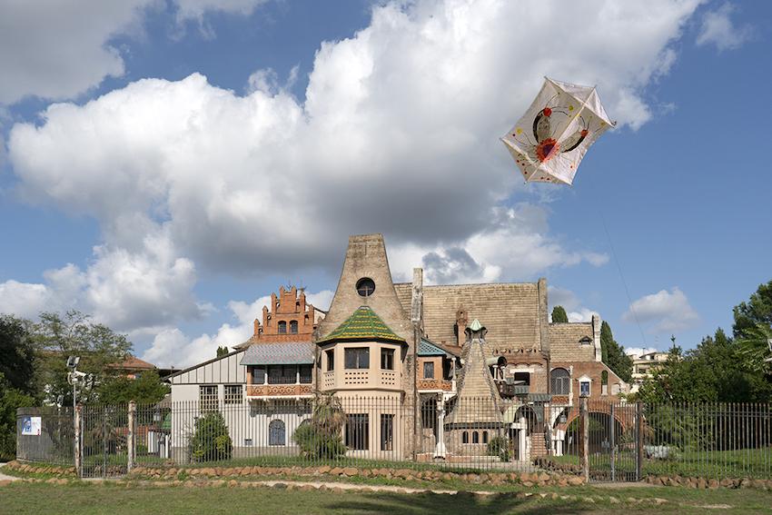 Roma, performance artistica farà volare aquiloni in carta giapponese su Villa Torlonia