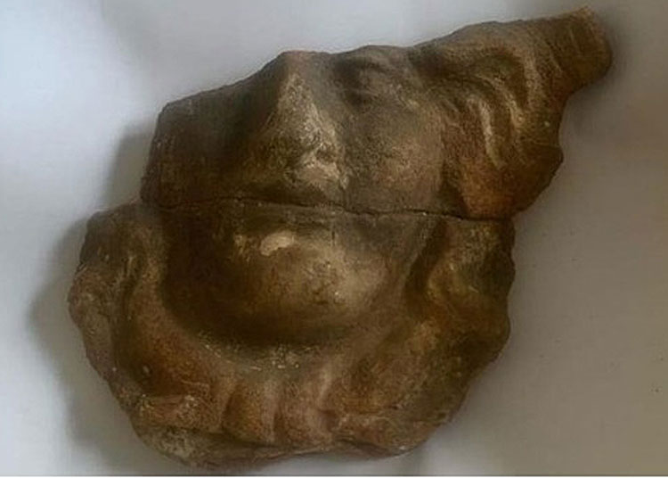 Pompei, visitatore restituisce dopo cinquant'anni reperto con biglietto di scuse