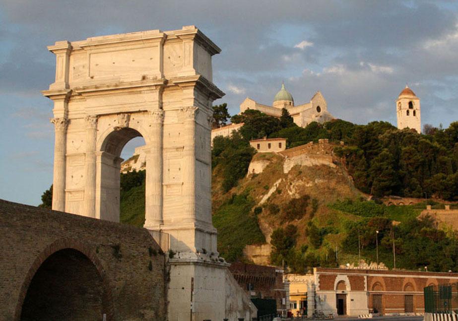 Su Rai5 torna Art Rider: in viaggio nelle Marche, da Ascoli Piceno ad Ancona