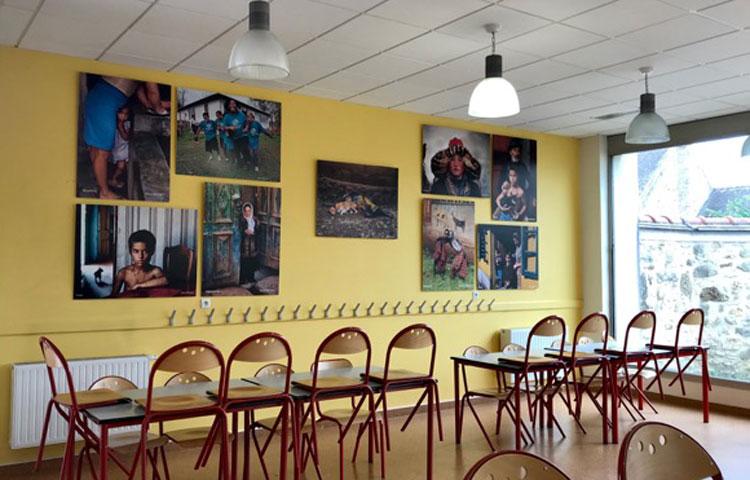 Aule scolastiche ospitano scatti di famosi fotografi. Sbarca in Italia progetto internazionale