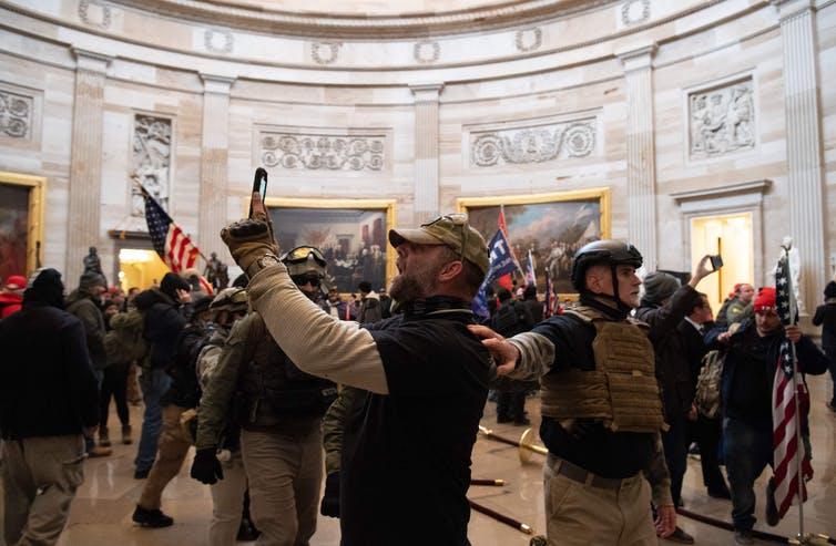 Washington, il Campidoglio fa la prima conta dei danni dopo l'assalto del 6 gennaio