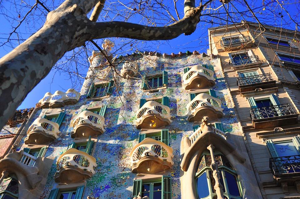 Arte in tv dal 7 al 13 giugno: i Bronzi di Riace, Pompei e Gaudí