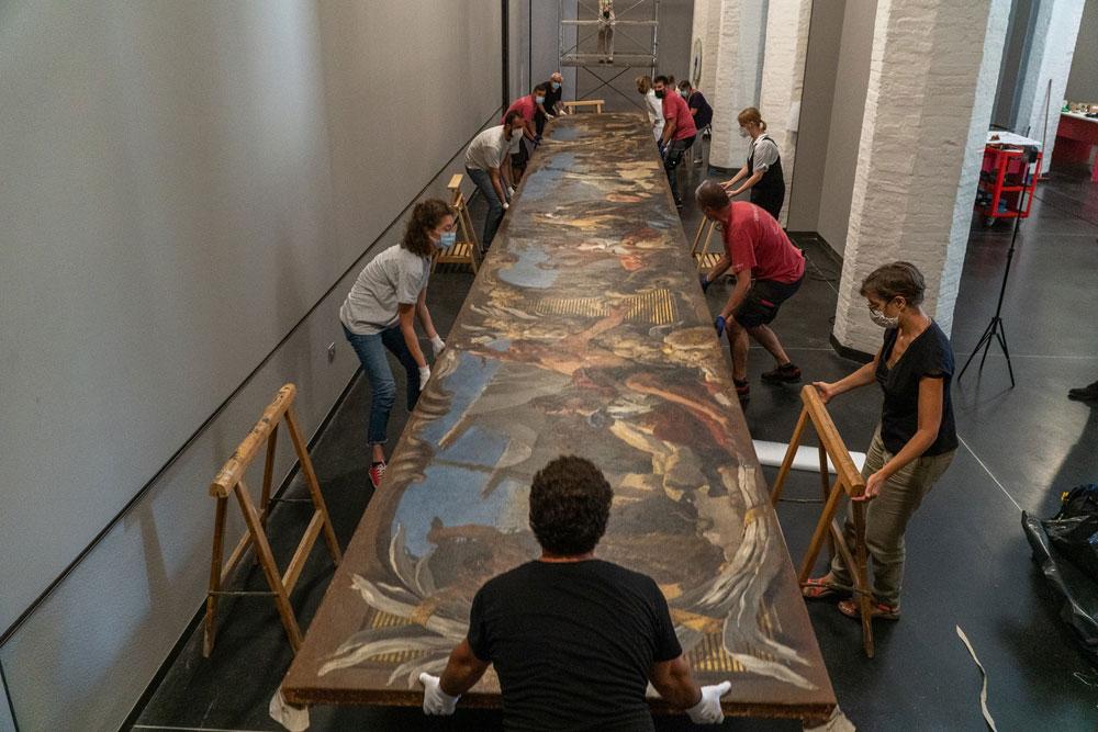 Srotolato monumentale telero di Tiepolo: dopo un anno di restauro torna alle Gallerie dell'Accademia