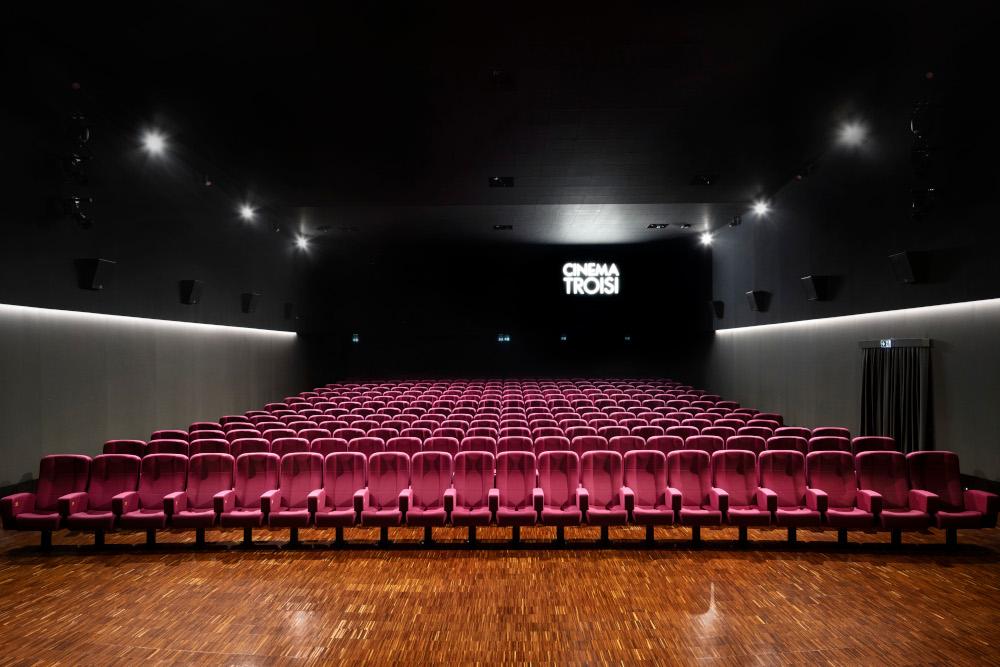 Roma, dopo 8 anni riapre il Cinema Troisi grazie ai ragazzi del Piccolo America
