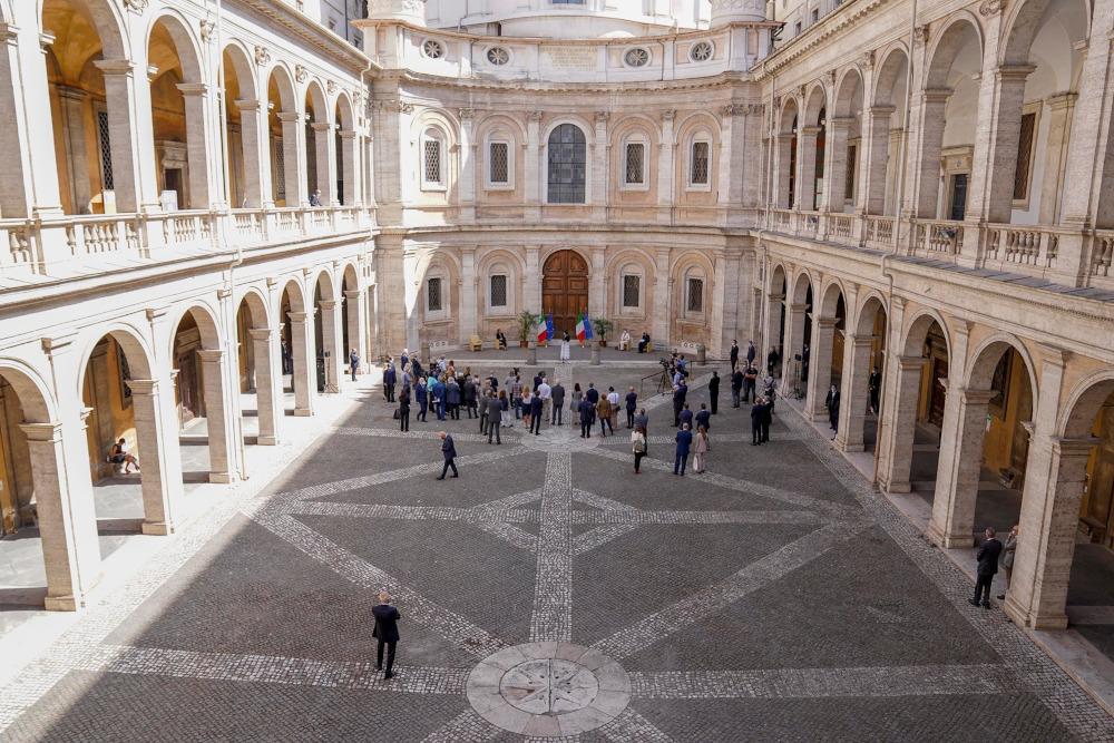 Roma, inaugurato e aperto al pubblico il corridoio di Borromini della Sapienza, capolavoro del Barocco romano