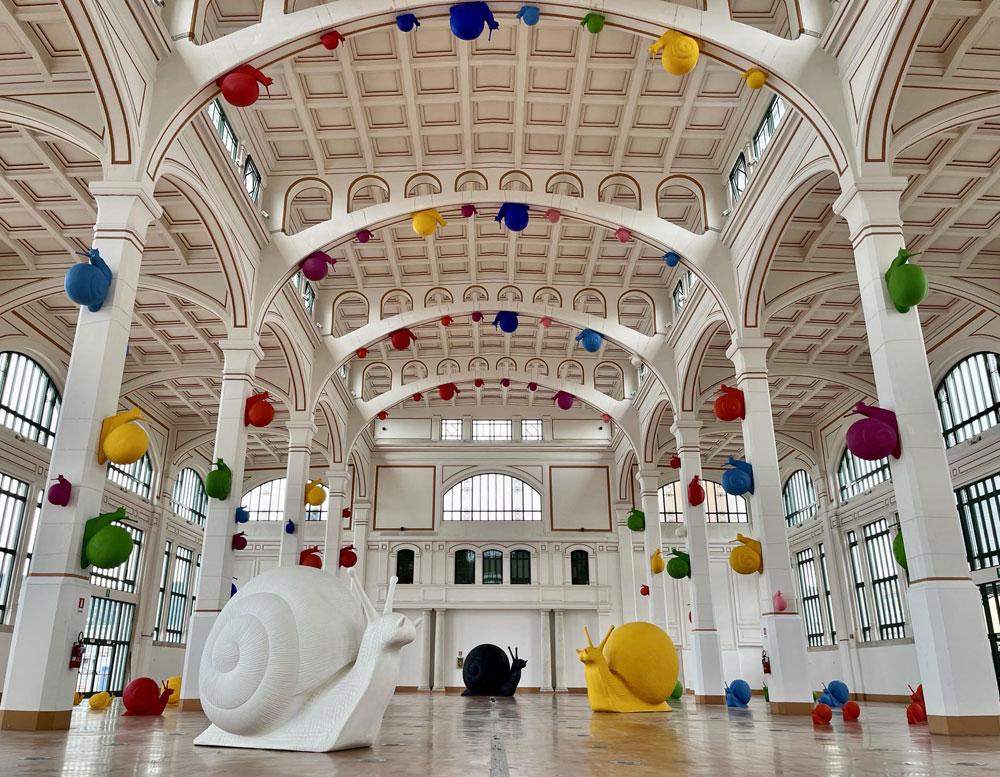 Trieste, le coloratissime sculture di Cracking Art invadono i luoghi più significativi della città