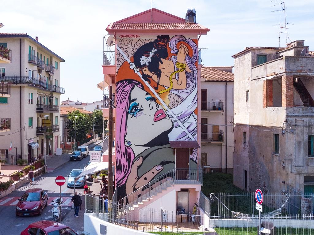 Calabria, si celebrano i quarant'anni dei murales di Diamante con quattro nuove opere