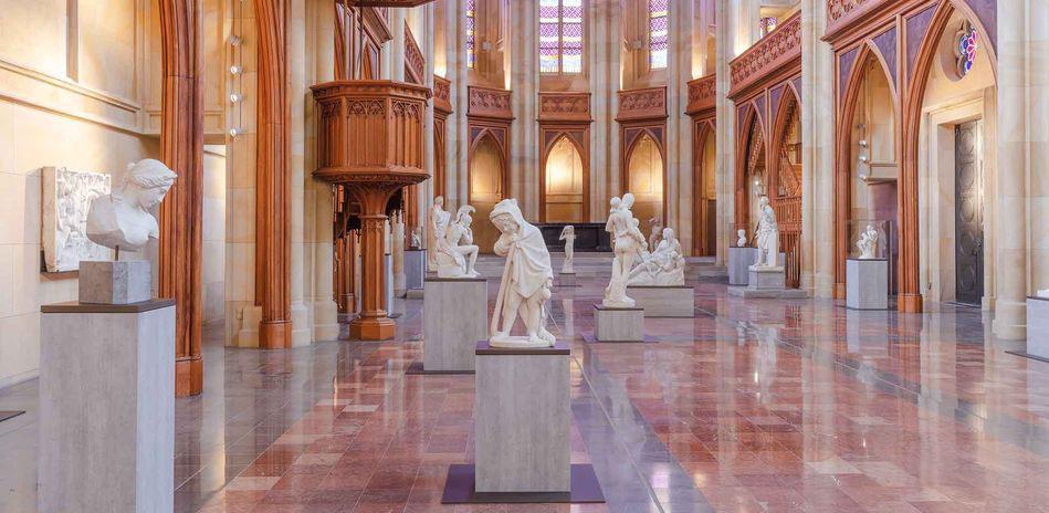 Berlino, riapre dopo otto anni la prima chiesa neogotica della città con un nuovo allestimento