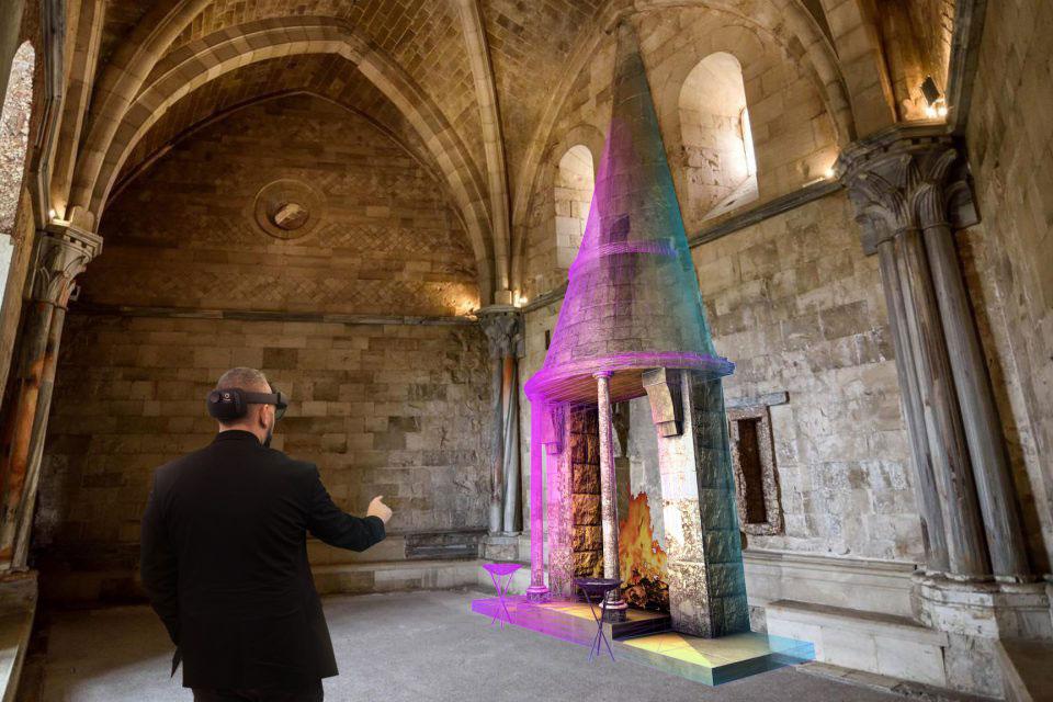Castel del Monte diventa un HoloMuseum: la visita sarà in realtà aumentata