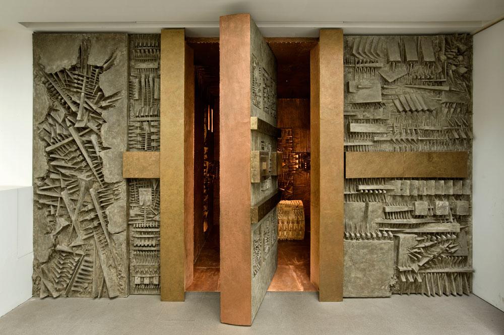 Visite guidate nel labirinto di Arnaldo Pomodoro ispirato al primo poema epico della storia