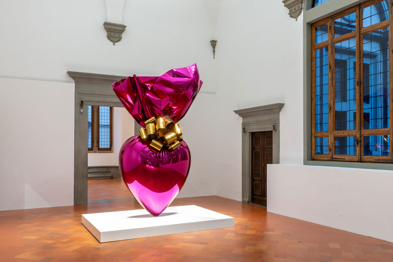 Firenze, a Palazzo Strozzi comincia la mostra su Jeff Koons