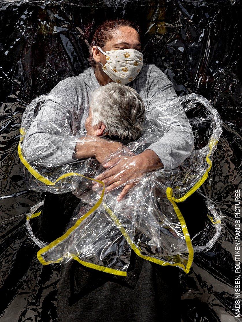 World Press Photo 2021, vince il danese Mads Nissen. Tre primi premi per l'Italia