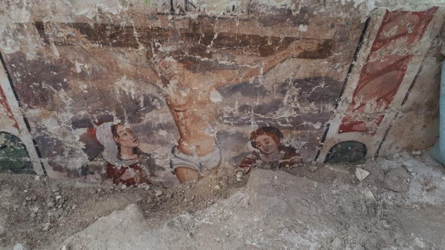 Scoperto nei Sassi di Matera un edificio sacro con affresco del '500 sotterrato