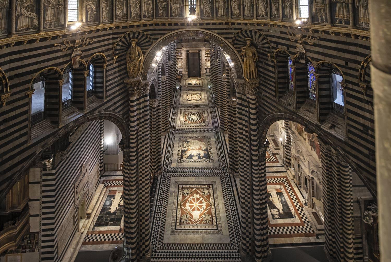Quest'estate sarà di nuovo scoperto il pavimento del Duomo di Siena, ecco quando vederlo