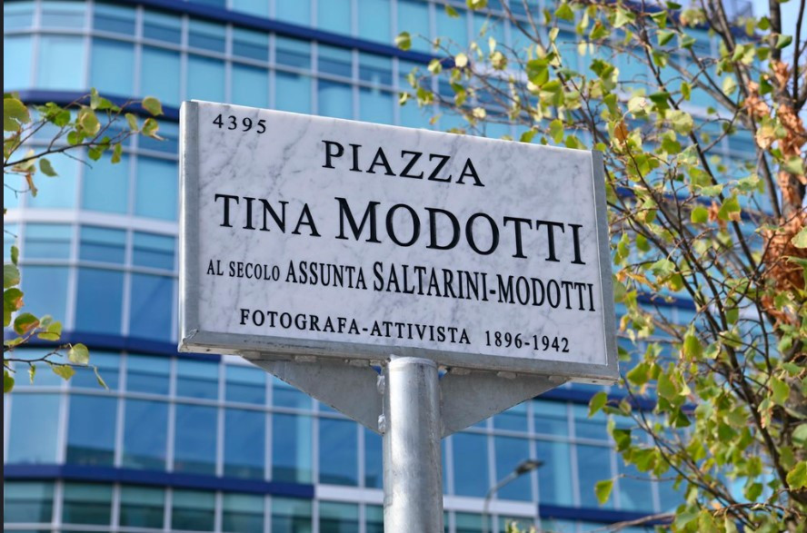 Milano: intitolata una piazza a Tina Modotti, grande fotografa e attivista del primo Novecento