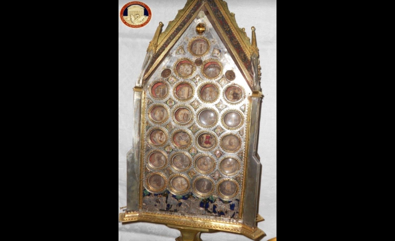 Riconsegnato oggi a Siena il reliquiario di San Galgano: era stato rubato nel 1989
